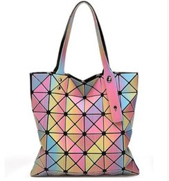 Sacs Jacquard Pour Dames Pas Cher-Sac Laser Baobao femmes Dazzle Couleur Plaid Tote Casual Sacs Femme Mode rabattable Sacs à main Lady Paillettes Mirror Saser Bolsa