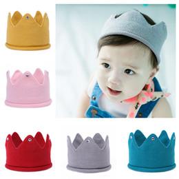 Kids Crochet Beanies Canada - Baby Knit Crown Tiara Kids Infant Crochet Headband cap hat birthday party Photography props Beanie Bonnet