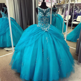 Robes De Bal Turquoise Taille Plus Pas Cher-Turquoise Blue Tulle Ball Gown Quinceanera Robes Sheer Neck Crystal Appliques Backless Plus Size Sweet 16 Gowns Robes de bal Lace Up