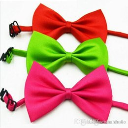 Handsome Boys Hot Canada - 2016 HOT Handsome Children's bow tie 19 colors Baby bowknot Pet Neck Tie for boy girl neckties Christmas Gift Free FedEx TNT
