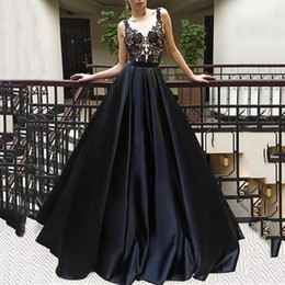 robe soiree longue sexy NZ - Elegant Scoop Neck Black Lace Prom Dresses Woman robe de soiree manche longue Long Sexy Prom Party Dress Evening