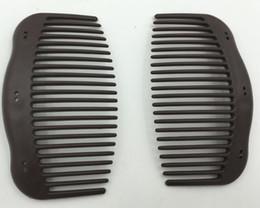 c063312aee Pettine di plastica magico di plastica multifunzionale di alta qualità di  trasporto libero di alta qualità di 10 * 6cm, accessori dei capelli delle clip  di ...