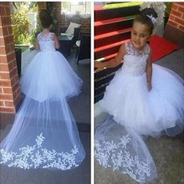 Gowns For Flower Girls NZ - 2016 New Cheap Flower Girls Dresses For Weddings Lace Illusion White Jewel Neck Sweep Train Party Birthday Dress Children Girl Pageant Gowns