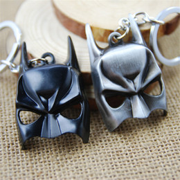 Superhero Keychains Canada - Retail Pack alloy Dark Knight batman mask Keychain key rings half face mask pendants for women men superhero keyring jewelry 170416