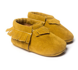 Chinese  Hot PU Suede Leather Newborn Baby Boy Girl Baby Moccasins Soft Moccs Shoes Bebe Fringe Soft Soled Non-slip Footwear Crib Shoe 20pair mix manufacturers