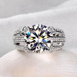 gift professional 2019 - Wholesale Professional Handmade Solitaire 925 Sterling silver white sapphire Simulated Diamond CZ Wedding Women Band Rin