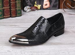 Barato Vestidos De Noiva Tamanho Grande-Custom Made Wedding Groom Shoes Men Hot Sale Preto Snakeskin Leather Dress Shoes Prom Party Flats Shoes 2017 Big Size 46