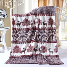 Wholesale 2017 Winter High quality Brand coral cashmere blanket Christmas reindeer adult blanket Multifunction quilt bed Sheets mattress
