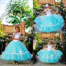 Barato Vestido De Manga Branca-2017 Top White Sheer Neck Girls Vestidos de página Vestidos de renda em cachecol Corset Lace Up Back Ruffles Tulle A Line Kid Party Party Party