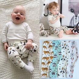 Toddlers Girls Harem Pants Canada - INS Pretty baby infant kids fashion Harem pants toddler baby boys girls leggings PP pants tiger panda fox trousers clothing K458