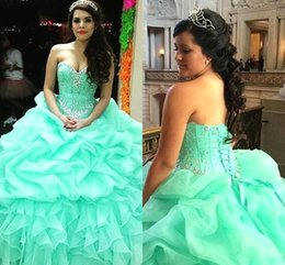 Robes Gonflées Douces 16 Pas Cher-2017 Taille Mint Green princesse Quinceanera Robes plus volants organza bonbon 16 Sixteen boule Robes Corset Bodice Cristal Puffy Vestidos