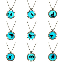 Wholesale Celtic Gifts Canada - Statement Necklace Occident Glowing In Dark Round Statement Necklace Glowing Pendant Necklace Cute Fashion Lady Girl Gift Pendant Necklaces
