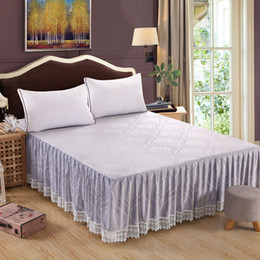 Discount bedding for queen size beds - Wholesale-2017 New Super Soft Embossed Anti Static Crystal Velvet Fabric Bed Skirt Twin Full Queen King Size Free Shippi