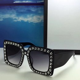Large sungLasses fashion online shopping - Luxury Women Designer Sunglasses Large Frame Elegant Special With Shiny Diamond Frame for women sunglassses Top Quality With Case