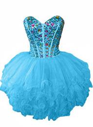 Vestido de fiesta de organza de abalorios con cuentas y volantes 2020 Vestido de fiesta con forma de bola Longitud de la rodilla Vestidos de baile en venta