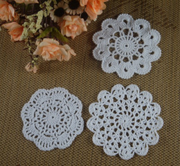 Crochet Round Cloths NZ - wholesale 100% cotton hand made crochet doily table cloth 3 designs 13 colors custom cup mat round 8-13cm crochet applique 30PCS LOT aa3h53