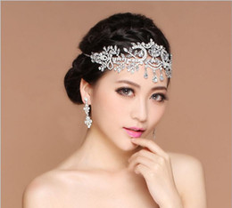 Hair tiaras Headbands online shopping - 2017 Bling Silver Wedding Accessories Bridal Tiaras Hairgrips Crystal Rhinestone Headpieces Jewelrys Women Forehead Hair Crowns Headbands