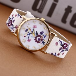 $enCountryForm.capitalKeyWord Australia - National Vintage Flower Painting Geneva watch Colorful Blossom Women Leather Quartz Dress Watches Casual Ladies Girl Wristwatches