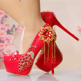 41b79d31cfc4 New Red phoenix bride shoes high with crystal tassels marriage round head heel  shoes waterproof party dress shoes
