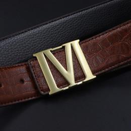 8fc90ccc42b7 Cinturones de cuero de los hombres Cinturones de lujo superior M Hebilla de  diseño de moda casual Hombres Accesorios cinturones envío gratis