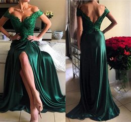 Barato Vestidos Sexy De Linha Verde-Sexy Dark Green Long Prom Vestidos Lace V Neck Off Shoulder Front Split vestidos de fiesta Vestidos formais Evening Wear