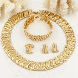 Vente en gros Bijoux pour femmes 2018 Ensemble de bijoux glamour Ensemble de bijoux en or plaqué or 18 carats et collier de mariage Dubaï Bijoux africain