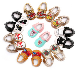 Wholesale Christmas baby shoes Snowman spiderman cats moccasins tassels infants brand soft PU leather first walker boy girl shoes European USA gifts