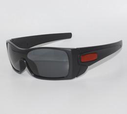 2017 Nuevas gafas de sol polarizadas de moda para gafas Batwolf para hombre TR90 Frame UV400 Protección Caja al por menor Ok gafas en venta