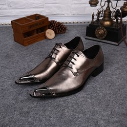Shining Shoe Lace Canada - Luxury Brand Genuine Leather Korean Style Male Shoes Metal Pointed Toe Lace-Up Oxfords Business Shoes Dress Shoes Party Wedding Shine Gold