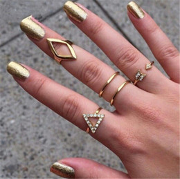 above knuckle ring gold Canada - Fashion Jewelry 5pc set Mid Midi Above Knuckle Ring Band Gold Silver Tip Finger Stacking Women Party Finger arrow rhombus Triangle Ring Sets