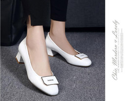 $enCountryForm.capitalKeyWord NZ - New style spring and autumn period and the leisure lighter leather women's shoes thick with square head work with large size and comfortable