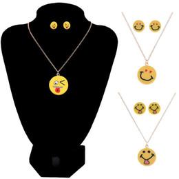 $enCountryForm.capitalKeyWord Canada - Cute Emoji Necklace Earing Set For Women Send Fashion Long Chain Smile Face Jewelry Set 12sets lot