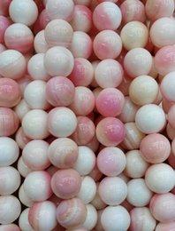 Venta al por mayor de 4-12mm hebra completa de alta calidad concha natural de concha bola redonda bolas de joyería de color rosa rojo