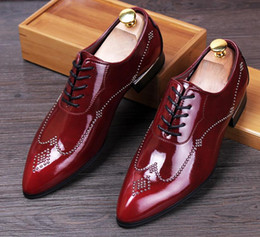 Mens Red Wedding Shoes Canada - 2016 fashion rivet MenShoes Men's dress shoes Mens Wedding and Party Shoes Red shoes shoes X23