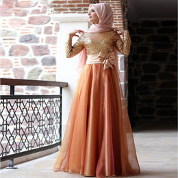 Wholesale Modest Muslim Long Sleeves Evening Dresses Gold Sequins Plus Size Hijab Women Formal Prom Gowns Bowknot Trimmed Arabic Moroccan Kaftan