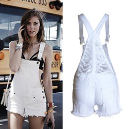 Pantalones Cortos Blancos Baratos-Blanco Denim Dungaree Jumpsuit Mujeres destruidas Ripped Denim Overol Casual Mini Jeans Cute Girls Summer Beach Shorts BSF0306