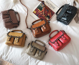 $enCountryForm.capitalKeyWord Canada - 2017 New pattern Bags Briefcase Handbag Metal chain Fashion casual bag. PU. Small. Mini Cross Body Shoulder