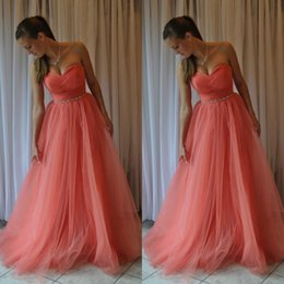 Barato Strapless Barato Vestidos De Baile-Impressionante Coral Prom Dress 2016 Longo Formal Evening Party Vestidos A Line Sweetheart Neckline Strapless Sleeves Ruched Tulle Beaded Belt Cheap