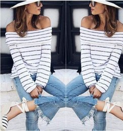 Tops Rayés Pour Femmes Pas Cher-2017 nouvelles femmes Pulls Mode sexy Striped Slash Neck tricotés Pulls Pullovers Tops manches longues Ladies loose club knitted jumper