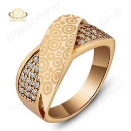 $enCountryForm.capitalKeyWord NZ - 18K gold plated Laser stamp circle cross ring white micro pave CZ diamond brass  copper rings for men and women