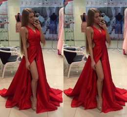 Barato Formals Vermelhos Baratos-Cheap High Slit Red Prom Dress V Neck Sexy Dresses Party Evening Custom Made Formal Gowns Ocasião Especial Veste