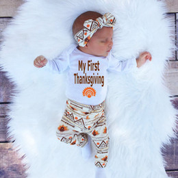 $enCountryForm.capitalKeyWord NZ - newly baby retro Sets Newborn Toddler Infant Kids rompers+pants+hat+hand band 4pcs clothes children Boy girl Clothing fashion Outfits top