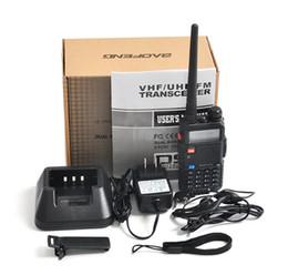 Опт BaoFeng UV-5R UV5R Walkie Talkie двухдиапазонный 136-174 МГц 400-520 МГц двухстороннее Радио трансивер с 1800 мАч батареи бесплатно наушники (BF-UV5R)
