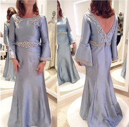 Vintage mother pearl online shopping - 2017 Silver Vintage Mother Of The Bride Dresses Jewel Neck Pearls Long Sleeves V Neck Sweep Train Plus Size Wedding Guest Gowns