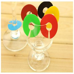 Wine Glasses Marker Canada - 6pcs set Silicone Wine Charms Glass Marker Round Coin Drink Markers Label Banquet Cup Stickers Stone Whiskey Wedding Decoration