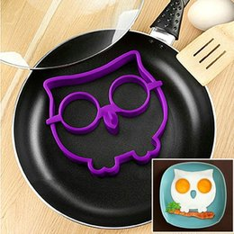 Fried Tool Canada - Silicone Egg Mold Tool Breakfast Funny Cooking Tools Fried Egg Mold Pancake Egg Ring Shaper Kitchen Appliances TT145