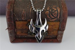 $enCountryForm.capitalKeyWord NZ - Game anime Cross Necklace Titanium steel casting Sword man Jewelry Horns pendant flame fashion gift free shipping STN279