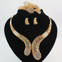 Chinese  Dubai 18K Gold\Silver Plated Crystal Women Wedding Party Statement Necklace Bracelet Earrings Rings High Quality Jewelry Sets manufacturers