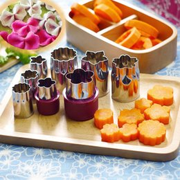 $enCountryForm.capitalKeyWord NZ - 8pcs Stainless Steel Flower Shape Fruits Vegetables Cut Filter Embossing Knife Fondant Mold Cooking Tools Kitchen Accessories