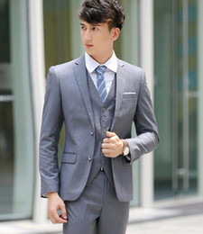 Green Men S Fitted Suit Canada - Hot Sale Light Gray Two Buttons Notch Lapel Men Suits Slim Fit Wedding Dress Groom Costume Tuxedos Prom Suits three-Pieces